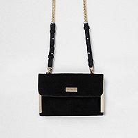 Mini sac noir avec bandoulière en chaîne