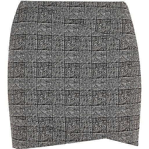 Black check mini skirt