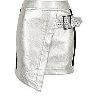 Mini-jupe portefeuille en cuir synthétique argentée cloutée