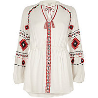 White long sleeve embroidered top