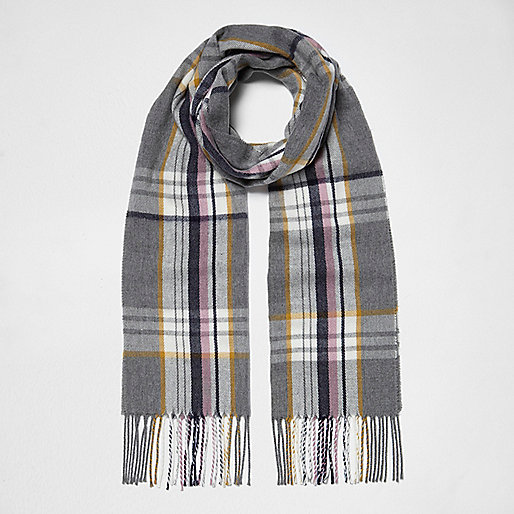 Blue plaid tassel scarf