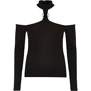Black choker ring bardot top