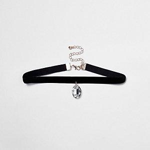 Black velvet jewel pendant choker necklace