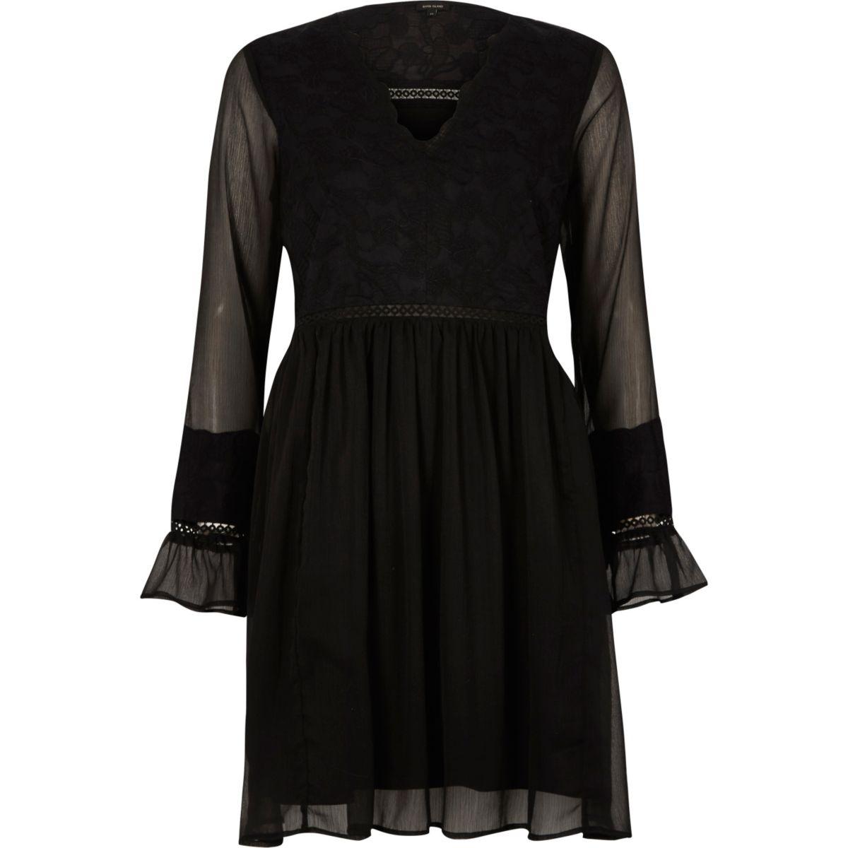 Zwarte kanten jurk met lange mouwen