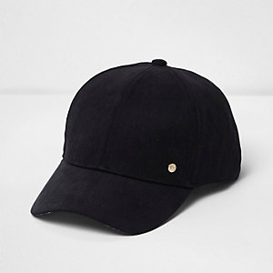 Black embellished cap