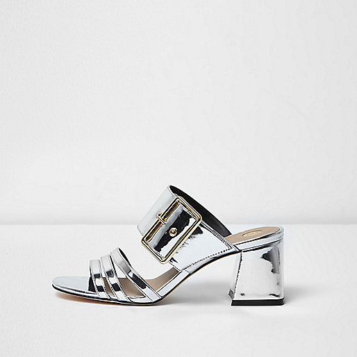 Mules argenté métallisé avec brides