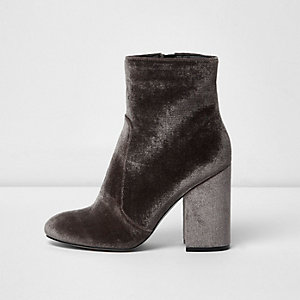 Mink velvet block heel sock boots
