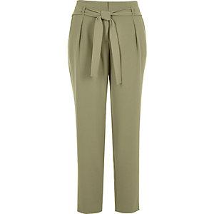Pantalon fuselé vert clair doux avec cordon