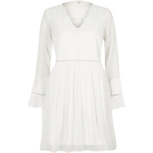 Cream lace long sleeve smock dress