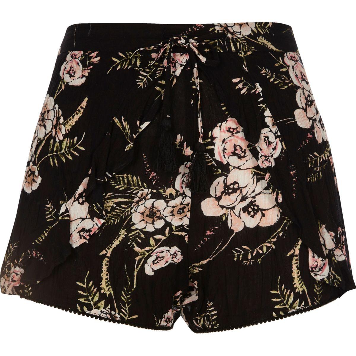 Zwarte short met bloemenprint