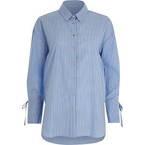 Chemise bleue à rayures
