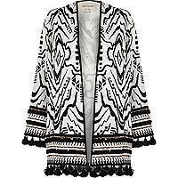 Kimono noir et blanc orné de perles avec franges à l'ourlet