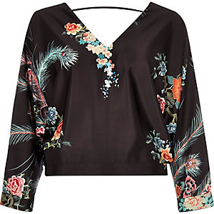 Black oriental print V-neck top