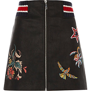 Black faux leather embroidered zip mini skirt