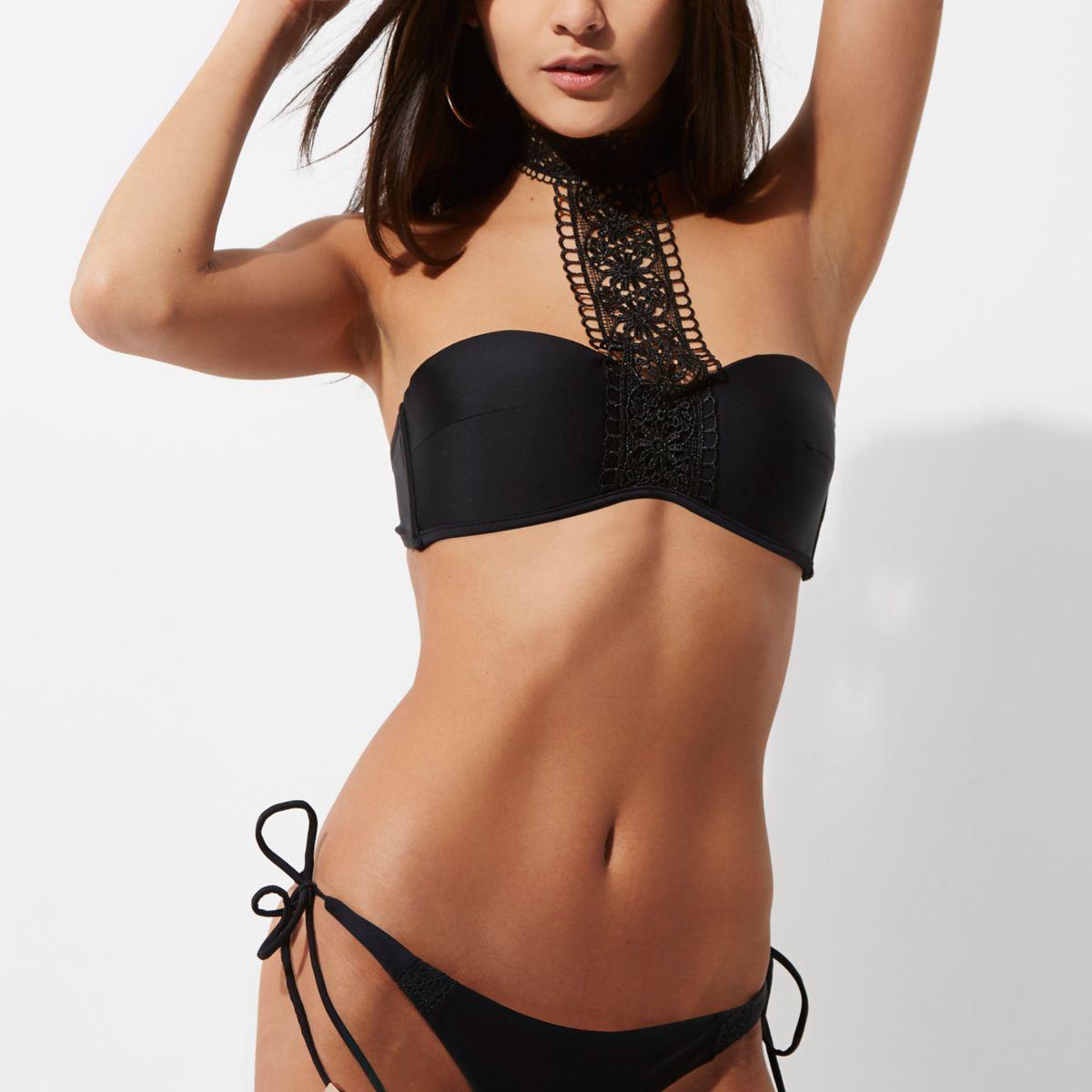 Haut de bikini noir à tour de cou en dentelle