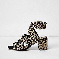 Sandales imprimé léopard marron en poil de poney