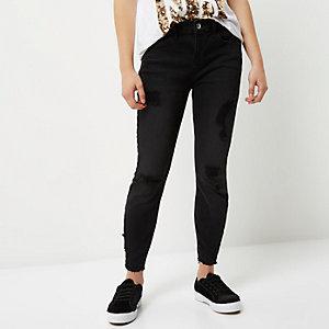 Amelie – Schwarzer Superskinny Jeans im Used-Look, Petite