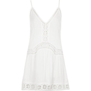 White lace insert drop waist beach dress