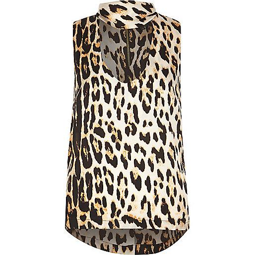 Haut imprimé léopard marron à col ras-de-cou