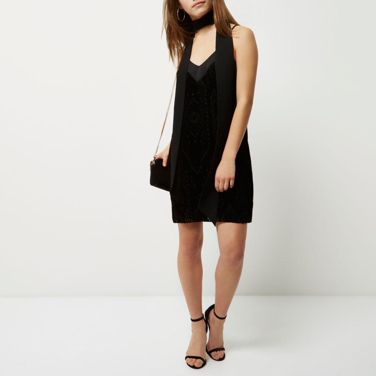 Robe Petite en velours burnout noire
