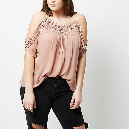 Plus pink crochet cold shoulder top