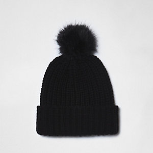 Bonnet en maille noir à pompon