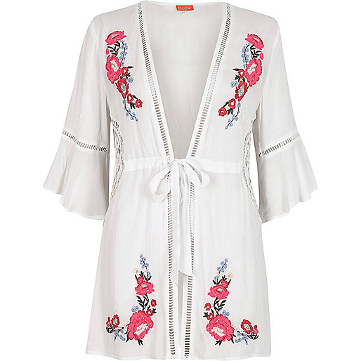 White floral embroidered bell sleeve caftan