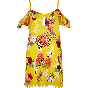 Yellow floral frill cold shoulder beach dress