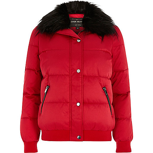 Red faux fur trim puffer jacket