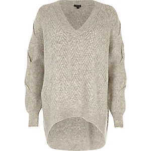 Grey oversized V-neck knit jumper
