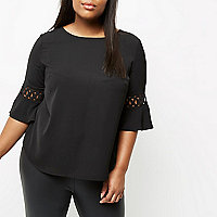 Plus black flute sleeve top