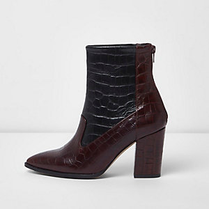 Dark red scale leather heeled ankle boots
