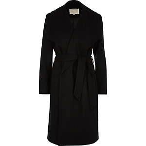 Black robe coat