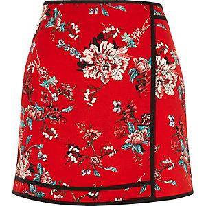 Red floral print mini skirt