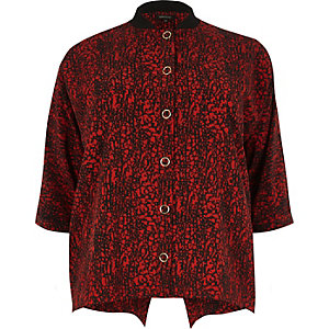 Plus red print popper shirt