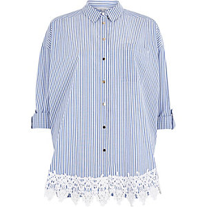 Blue stripe print lace hem shirt