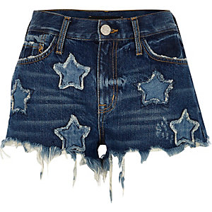 Mid blue wash star patch denim hot pants