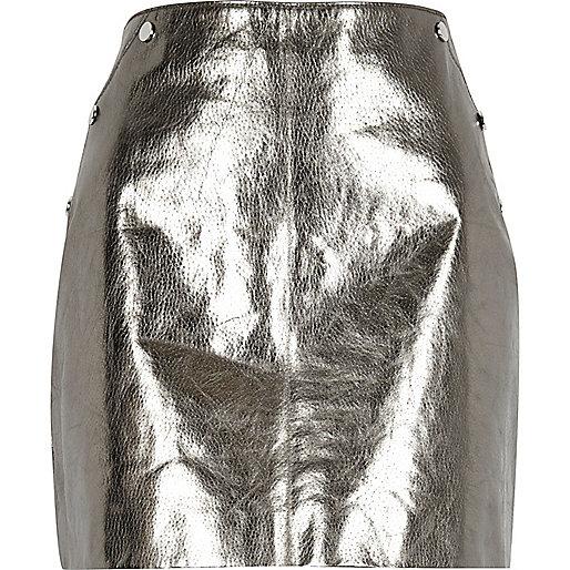 Mini jupe en cuir argenté métallisé