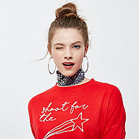 Red knit star embroidered sweater