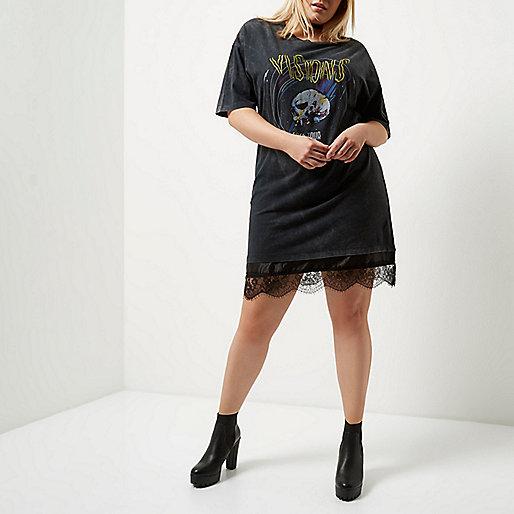 Plus black lace rock print jumbo T-shirt