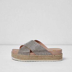 Beige, strassverzierte Schuhe mit flacher Plateausohle