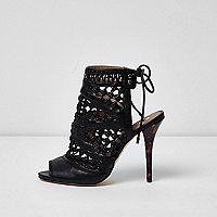 Schwarze, gewebte Stiletto-Sandalen