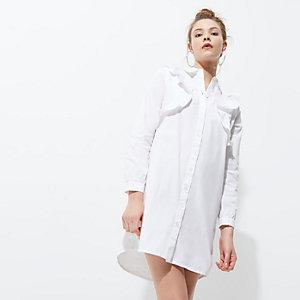 Weißes Blusenkleid mit Rüschen