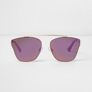 Lunettes de soleil dorées à verres violets
