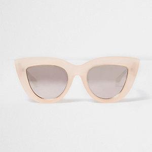 Oversized Cateye-Sonnenbrille in Hellrosa