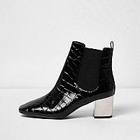 Zwarte chelsea boots met krokodillenprint