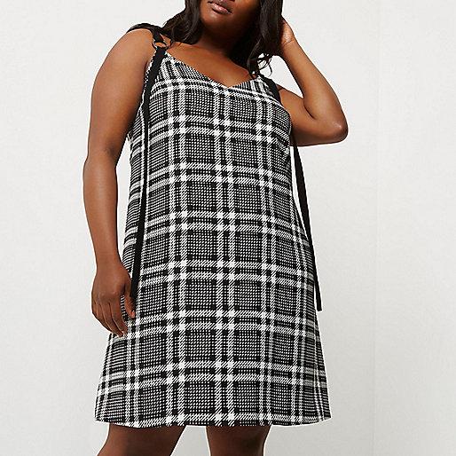 Plus black and white check slip dress