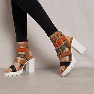 Brown RI Studio buckle block heel sandals