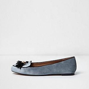 Grey velvet tassel loafer
