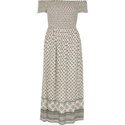 Crème gesmokte maxi-jurk in bardotstijl